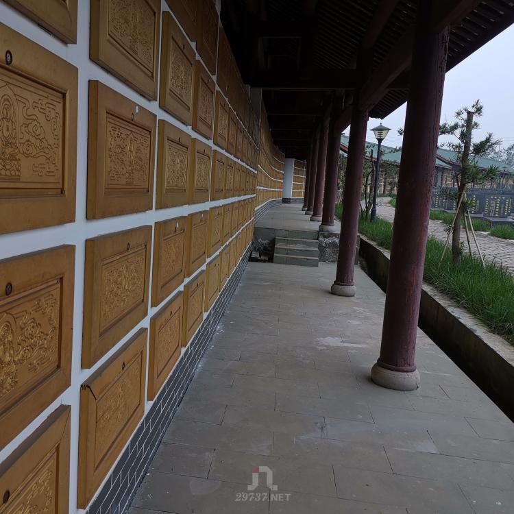 成都《红庙子公墓》青白江福洪镇背龙泉山脉东风渠为玉带
