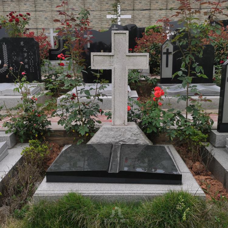 《换个角度看公墓》:成都九仙路西段79号法华寺红枫艺术陵园航拍